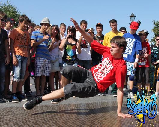 уличных танцев «Rising