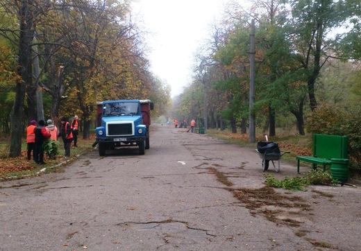 DSC_0182 Из одесских парков после уборки вывезли 200 тонн мусора