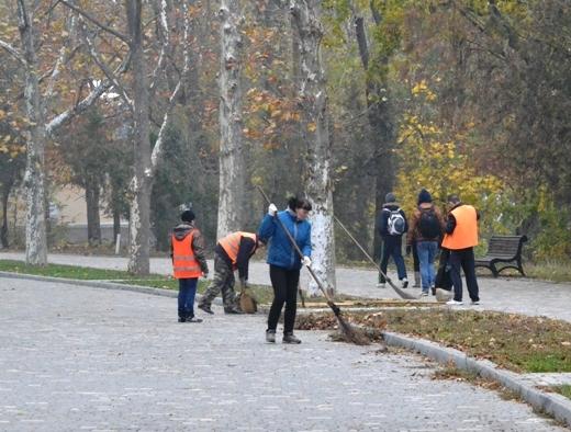 DSC_3364 Из одесских парков после уборки вывезли 200 тонн мусора