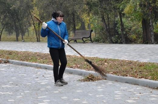 DSC_3370 Из одесских парков после уборки вывезли 200 тонн мусора