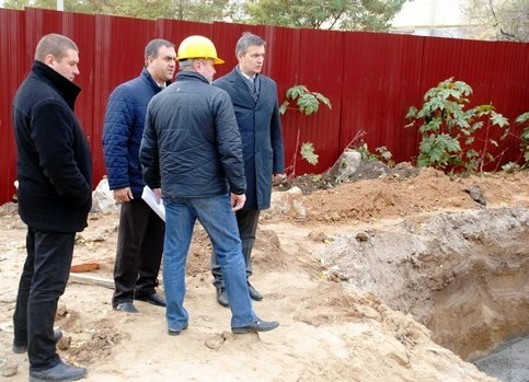 3 В Одессе строят бассейн для людей с психическими отклонениями