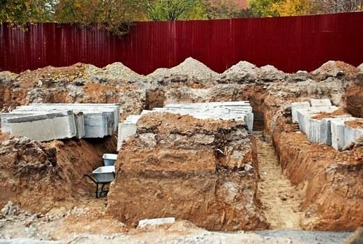 6 В Одессе строят бассейн для людей с психическими отклонениями