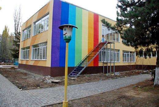 3 В Одессе откроют детский сад с неоднозначным фасадом