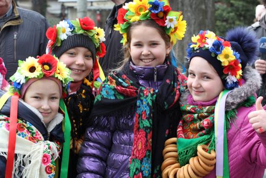 IMG_8806 В одесском Горсаду танцами и блинами провели зиму