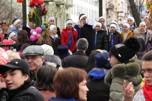 IMG_8890 В одесском Горсаду танцами и блинами провели зиму