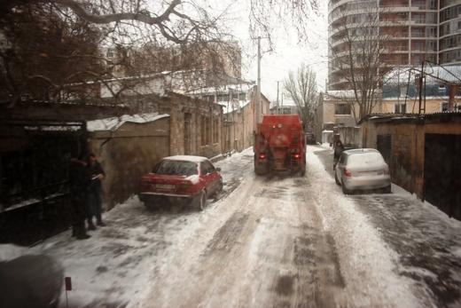 В Одессе коммунальщики убирают снег (ФОТО), фото-9