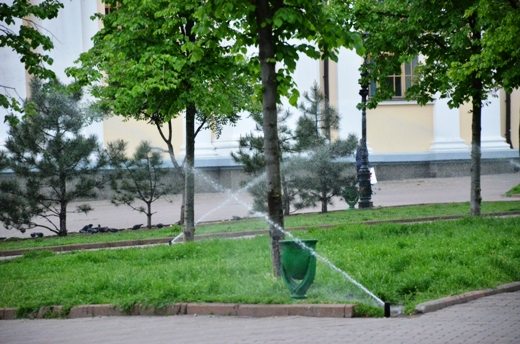 DSC_7505 В Одессе Соборную площадь оборудовали системой автополива