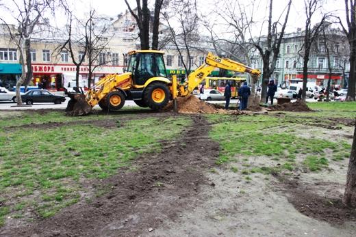 IMG_7324 В Одессе Соборную площадь оборудовали системой автополива