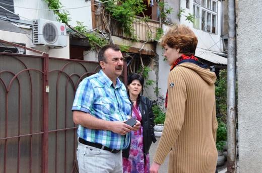 DSC_7780 Семью из разрушенного в Одессе дома отселили в гостиницу