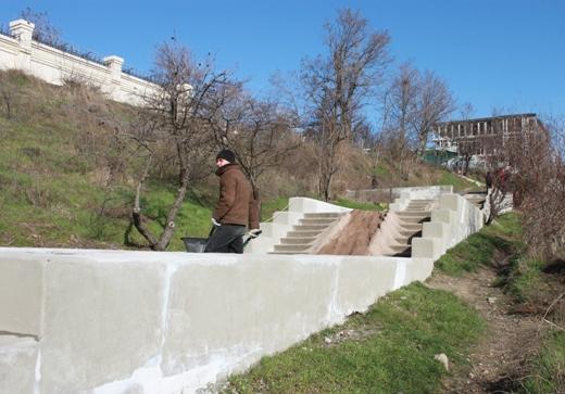 IMG_6711 На одесском Фонтане ремонтируют лестницу к морю