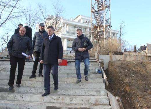 IMG_5546 Мраморную лестницу в Аркадии восстановят уже весной