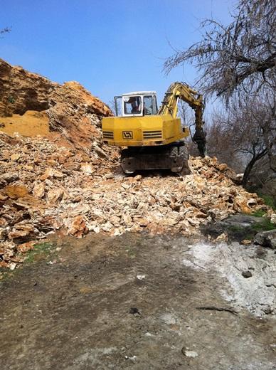 IMG_4297 В Одессе на Фонтане из-за оползня срезали склон
