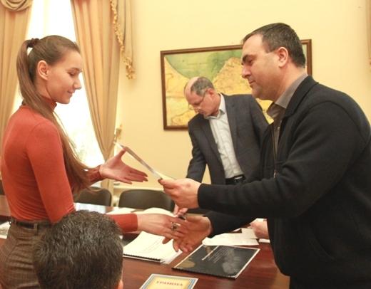 IMG_5433 Проект одесских студентов по благоустройству Лунного парка получил приз в мэрии