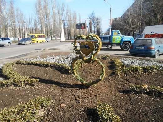 DSCN0254 К 8 марта в Одессе подготовили несколько цветочных композиций на клумбах