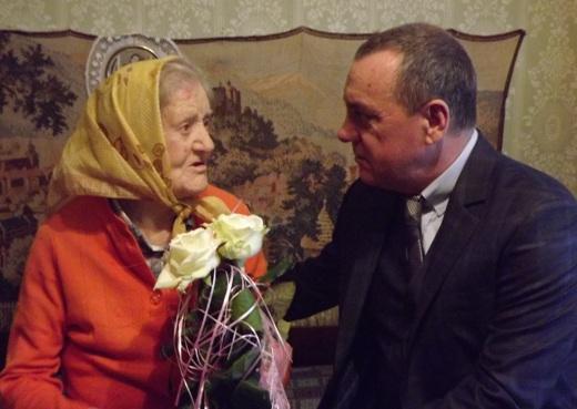 DSCF5590 Одесская долгожительница в 100 лет держится молодцом