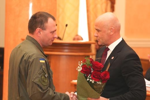 IMG_6221 Труханов вручил ключи от квартир защитникам страны