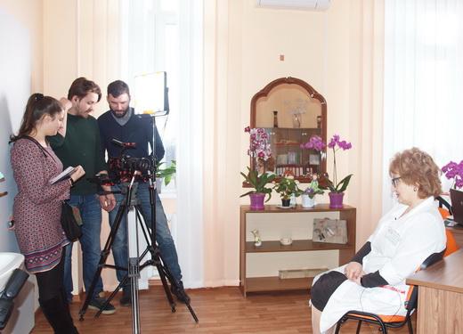 poliio04 Отремонтированные одесские поликлиники показали заграничным киношникам