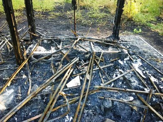 7 Ушлые чиновники одесской мэрии уже пообещали на месте сгоревшего туалета построить новый