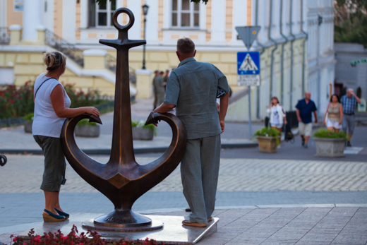 11 Якорь Одессы на место вернули меценаты