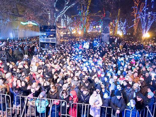 Как Одесса встретила Новый год: большой фоторепортаж фото 50