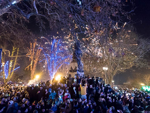 Как Одесса встретила Новый год: большой фоторепортаж фото 72