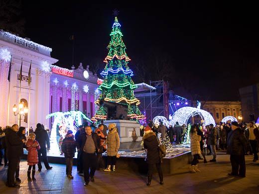Как Одесса встретила Новый год: большой фоторепортаж фото