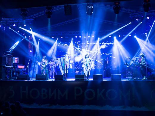 Как Одесса встретила Новый год: большой фоторепортаж фото 38