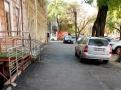 В Одессе продолжаются работы по ремонту тротуаров