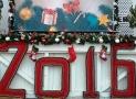 На Дерибасовской засияли огни новогодней елки. Фото