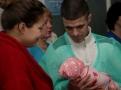 Мэр Одессы Геннадий Труханов поздравил новорожденных, появившихся на свет в первый день нового года. Фото
