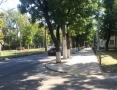 На Адмиральском проспекте ведется капремонт тротуара. Фото