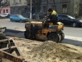 В Малиновском районе Одессы проводят работы по капремонту тротуара улицы Средней