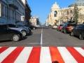 В Одессе продолжаются работы по нанесению дорожной разметки холодным пластиком